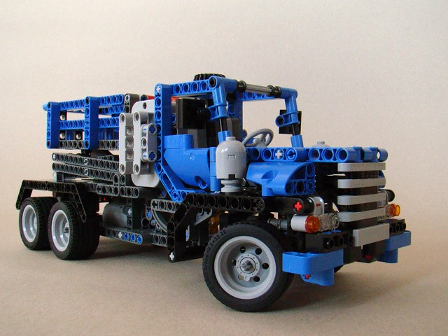 Alternatives To The A And B Versions Of 8052 Container Truck Lego